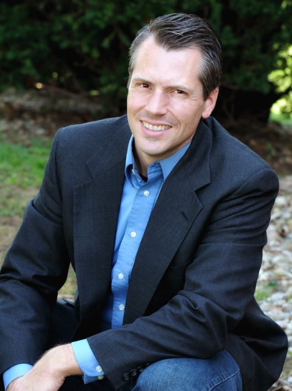 Ben Hammond : Senior Pastor